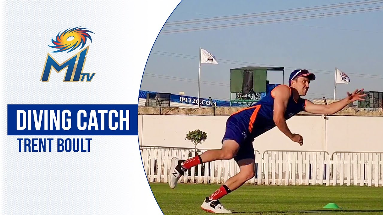 Boult's incredible CATCH in training   बोल्ट का शानदार कैच   Dream11 IPL 2020