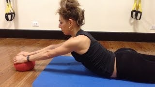 Allenamento ed esercizi per rinforzare schiena e spalle(Un circuito di esercizi per schiena e spalle, soluzioni per tonificare i muscoli dorsali. Per chi ha bisogno di ginnastica posturale e di un rinforzo sugli estensori ..., 2014-03-09T19:05:31.000Z)