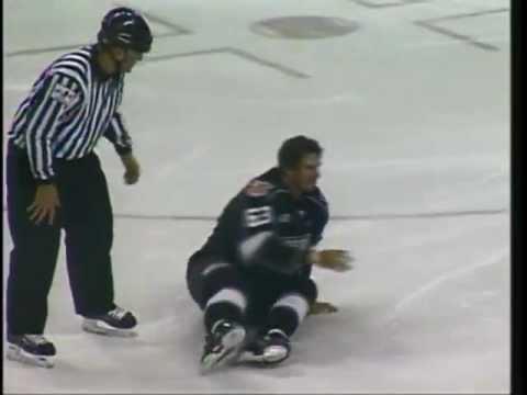 CHL Missouri-Rapid City hockey fight - Colt King vs Garrett Gruenke 1/18/13