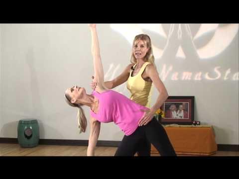 Yoga Adjustment & Alignment Sequence: Utthita Trikonasana (Triangle Pose)