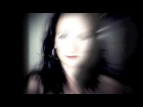 Vidéo RTL - Lancement Chroniques Forcapil de Flavie Flament - Sept 2013 - Prod: Zérodécibel