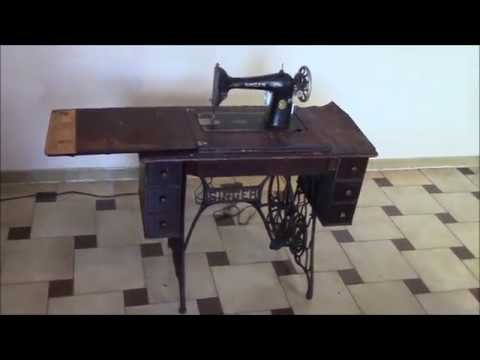 singer sewing machine cabinet 1926 singer sewing machine and cabinet vintage 26149