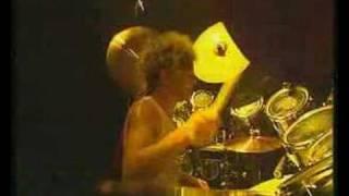Saxon - Rainbow Theme / Frozen Rainbow (Live)