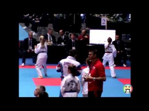 Larsson Hitt E  vs Yanovich Hanna, WC 2016