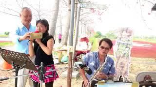 李艾妮於木棉花開時節客串街頭藝人演出之二 thumbnail