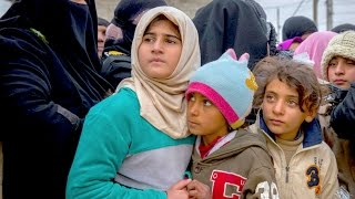 Displaced families flee West Mosul