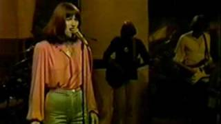 Kiki Dee on Sight & Sound - 03 Step By Step