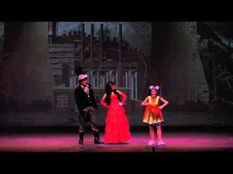 Mundokalabaza en el teatro de la laboral de gij n youtube for Teatro de la laboral
