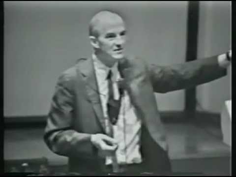 Larry Weed's 1971 Internal Medicine Grand Rounds