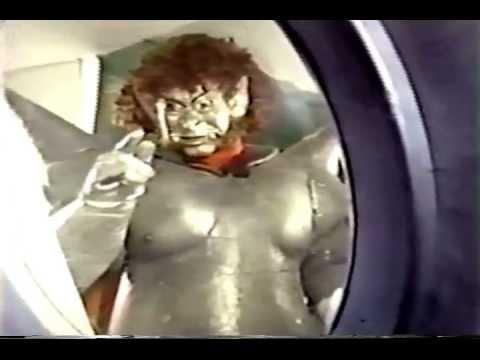 C30 Monstruos Del Espacio Youtube