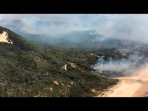 'It defies all logic' water on Fraser Island couldn't be used to put out raging fire