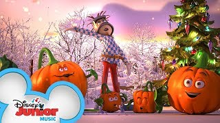 Christmas Snow Music Video ❄️| Spookley and the Christmas Kittens | Disney Junior