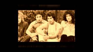 Queen 2013 | Dreamers Ball | Piano Instrumental | 1978-Brian May