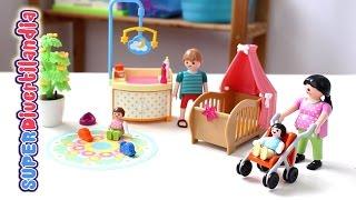 Bebés, cuna, cambiador y carricoches de Playmobil. 3 sets de Clicks!