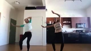 Эти близняшки совместили воедино индийский танец и хип-хоп - получилось потрясающе!