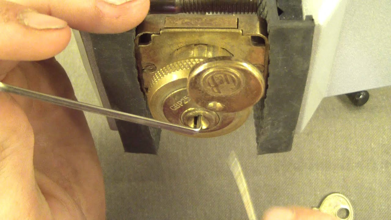 G&B logo Corbin Cabinet lock Picked SPP - YouTube
