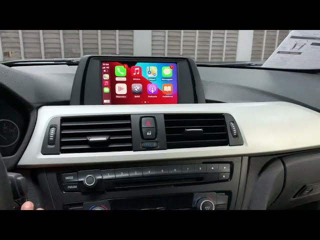 BMW320 recebeu Apple CarPlay e Android Auto