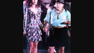 Video Bonnie e Clyde all' Italiana 1 download MP3, 3GP, MP4, WEBM, AVI, FLV November 2017
