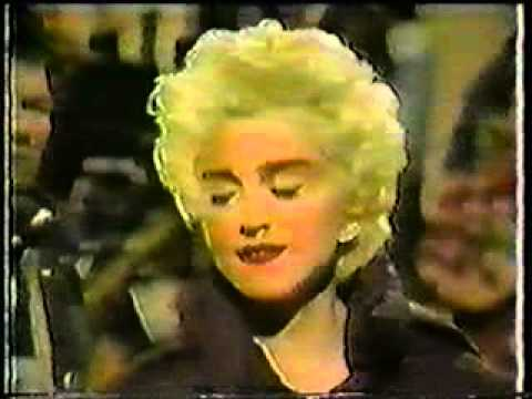 """Madonna - HBO Behind-The-Scenes of """"Who's That Girl"""" movie"""