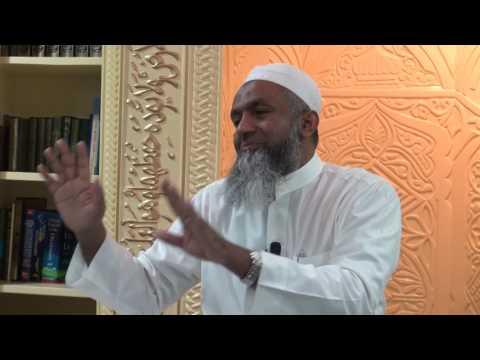 Yoosuf Mufthi speaks at As-Salaam Masjid, Okachimachi, Tokyo