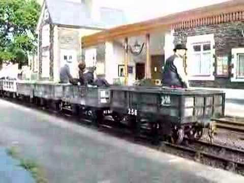 FR Gravity train at Minffordd