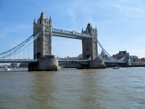 Tower Bridge - London, England. A short documentary
