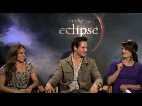 New Twilight Eclipse Interview (HD): Nikki Reed, Peter Facinelli, Elizabeth Reaser