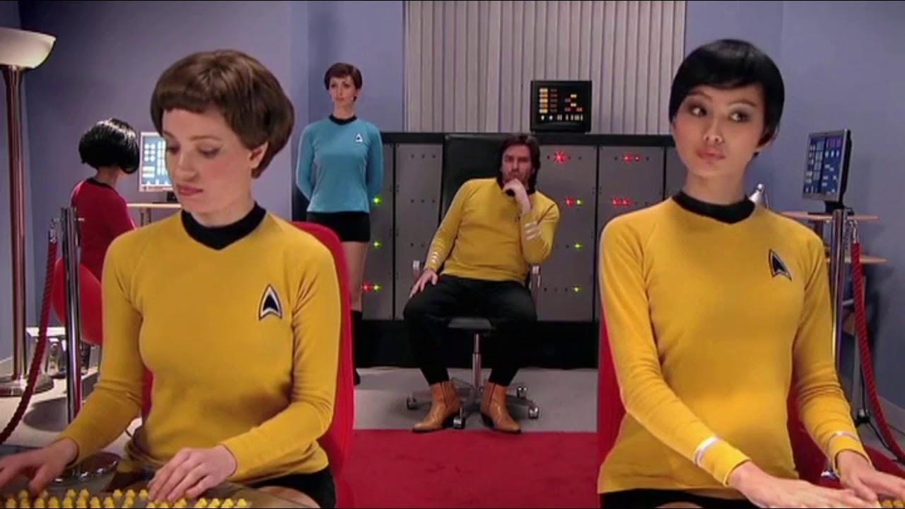 Hilarious Star Trek Sex Tape On The It Crowd Youtube