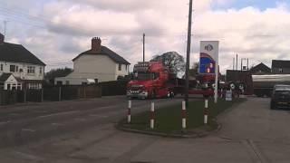 Scania t530 vs scania 164 580