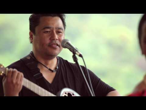 Ho`okena - Song Of Christmas (HiSessions.com Acoustic Live!)