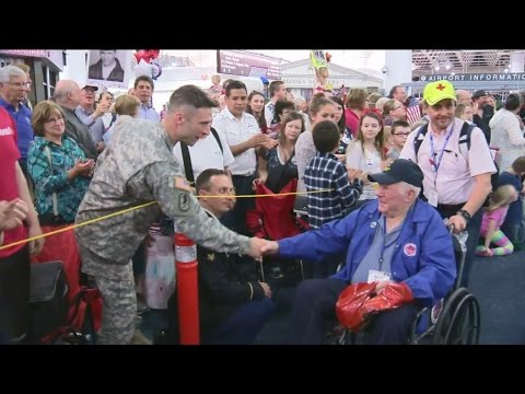Veterans return to Milwaukee after Honor Flight