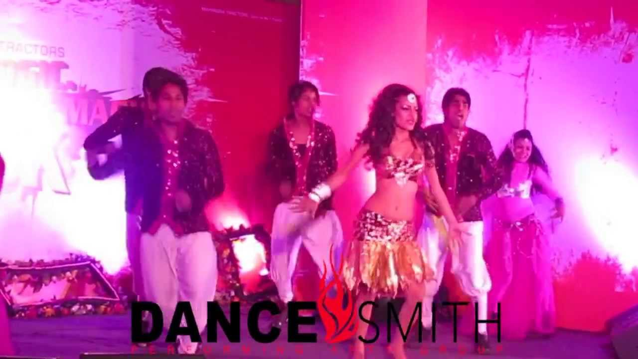 Dancesmith With Poppy Barman Bollywood Dance Troupe Groupe