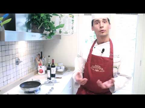 Beef Fillet with bluberries- Videorecipe from www.santacristina1946.it .mp4