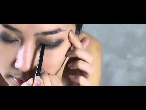 Vogue Beauty Blogger: Vogue Gala Make Up Tutorial by Bow