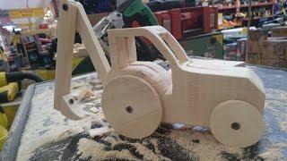 як зробити трактор з дерева своїми руками