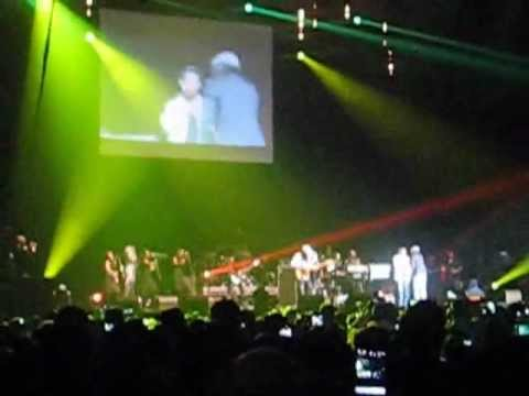 BERES HAMMOND FT. TARRUS RILEY - GROOVY LITTLE THING - LONDON WEMBLEY ARENA - 14 OCTOBER 2012