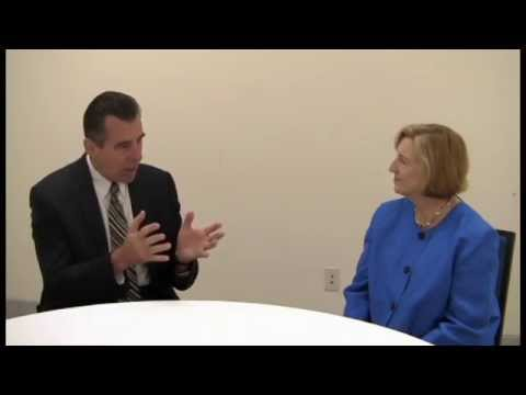 Todd C. Whitaker - What Great Leaders Do Differently