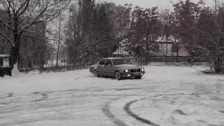 Baixar BMW 733 - Snow Drifting