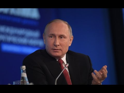 We Don't Do Stupid Things! - Putin Explains Subtle Difference Between US and Russia