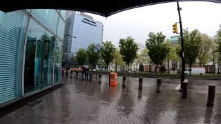 ⁴ᴷ⁶⁰ Walking NYC : Downtown Long Island City, Queens Court Square to 33rd Street in the Rain