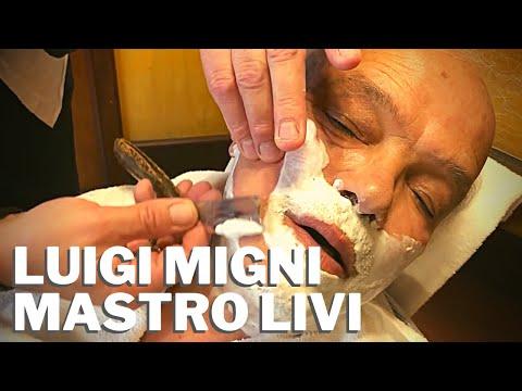 The professional barber Luigi Migni receives the Mastro Livi Official Club  Razor 2018