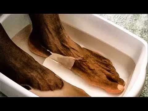 Epsom Salt Bath to Ease Foot Pain