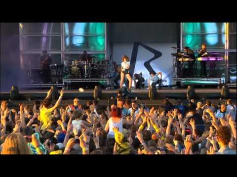 Rihanna - Only Girl Live HD1080p.mp4