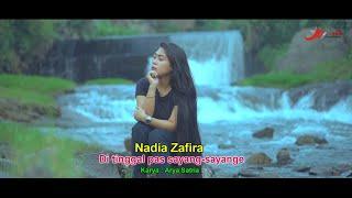 Nadia zafira Ditinggal pas Sayang Sayange