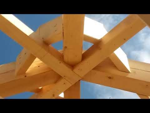 шатровая крыша с кукушками
