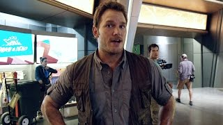 Chris Pratt's ‪‎Jurassic World‬ Journals: Slap Happy (HD)