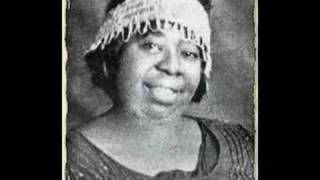 "Roots of Blues -- Ma Rainey ""Louisiana Hoo Doo Blues"""