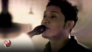 Andra And The Backbone - Jalanmu Bukan Jalanku (Official Music Video)