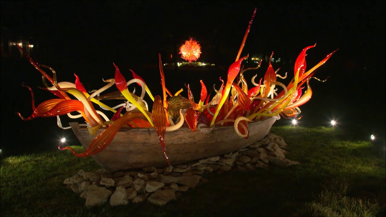 Maker\'s Mark Distillery - Artist Dale Chihuly Glass Exhibit - YouTube