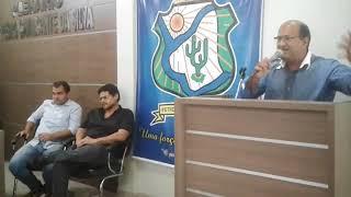 Cidadão petrolandense faz críticas aos vereadores do município